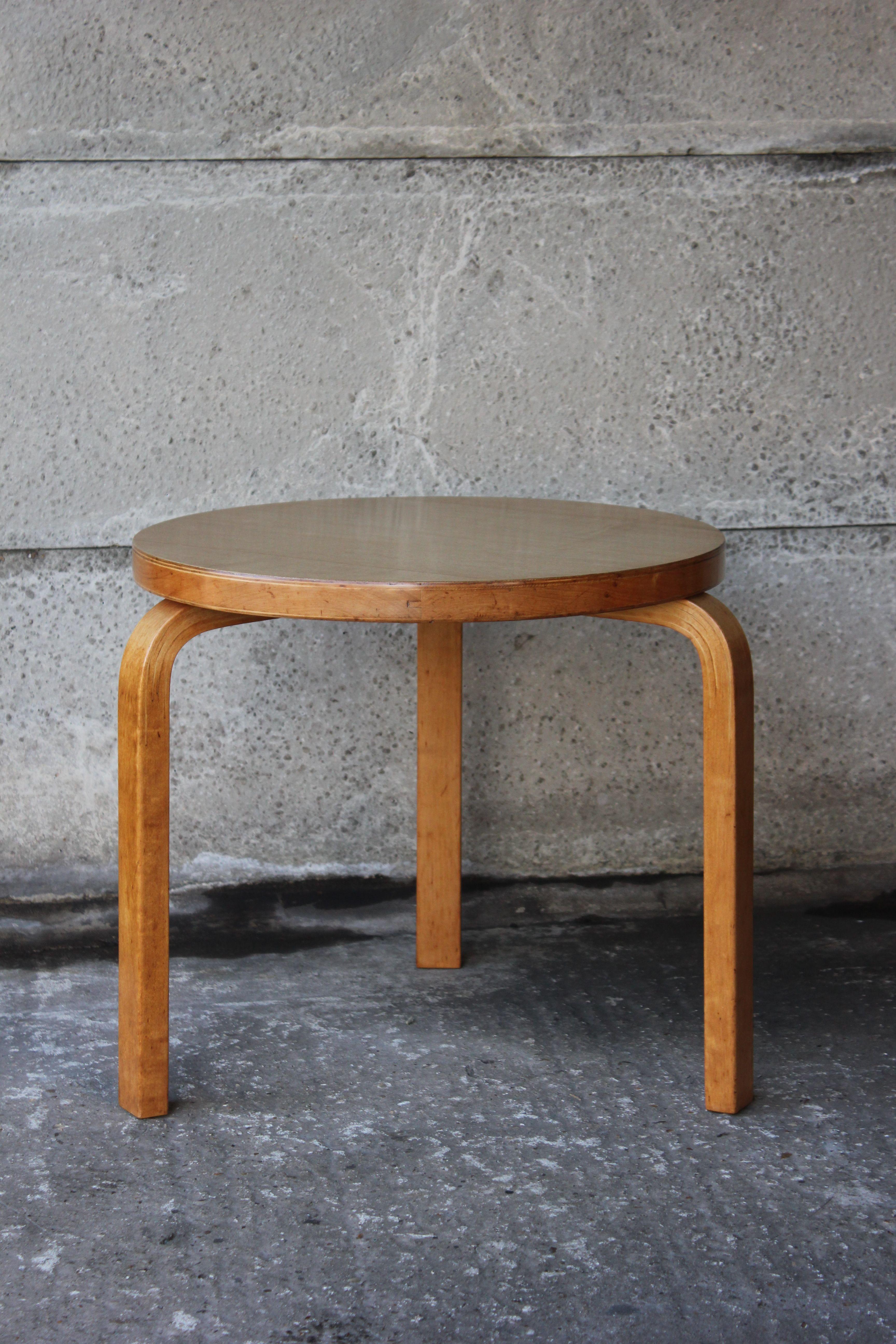 side table alvar aalto artek cc41 finland 1941 1934. Black Bedroom Furniture Sets. Home Design Ideas